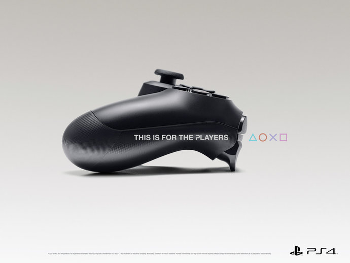 Playstation @ TBWA par Raphaël Dallaporta