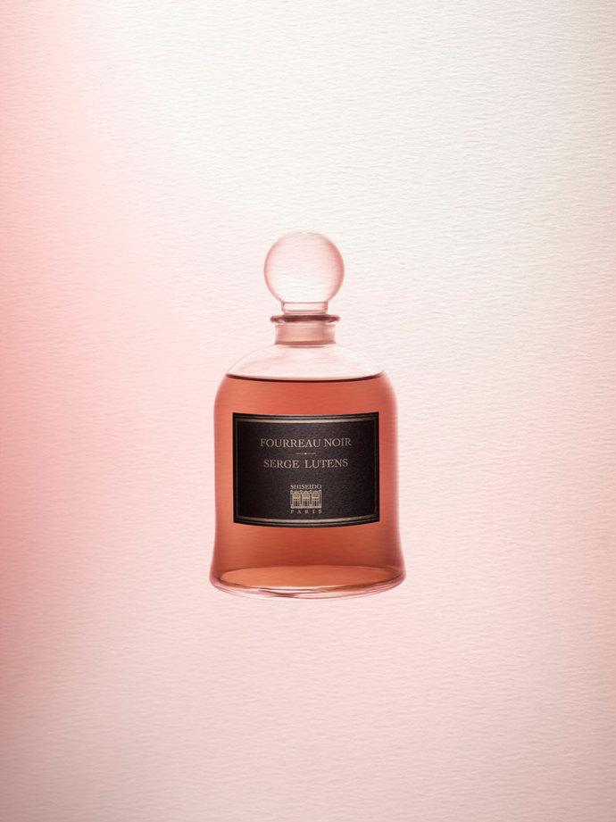 Parfums par Raphaël Dallaporta
